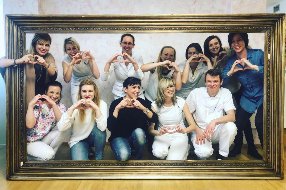 Hledáme zdravotní sestřičku - Praha